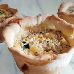Mini quiches Italiaans courgette-paprika recept