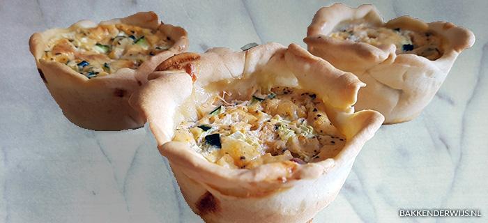 Mini quiches Italiaans courgette-paprika recept