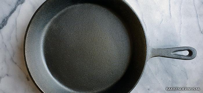 How to gietijzeren pan inbranden