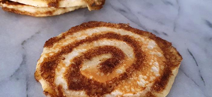 Kaneel swirl pancakes recept